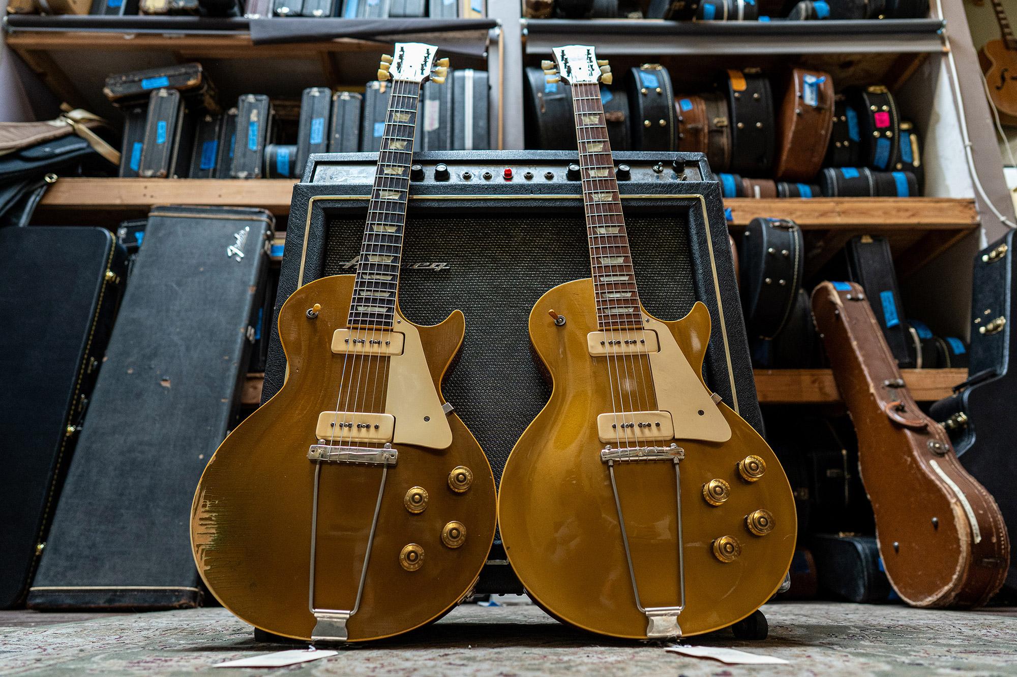 Imperial Vintage Guitars Gold Les Pauls